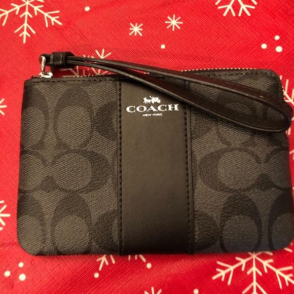 Coach Handbags - Brand new Coach wristlet